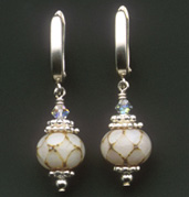Queen's Pearl - Earrings